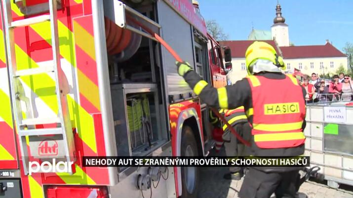 Nehody aut se zraněnými prověřily schopnosti hasičů