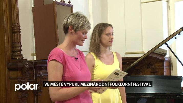 Ve Frýdku-Místku vypukl Mezinárodní folklorní festival