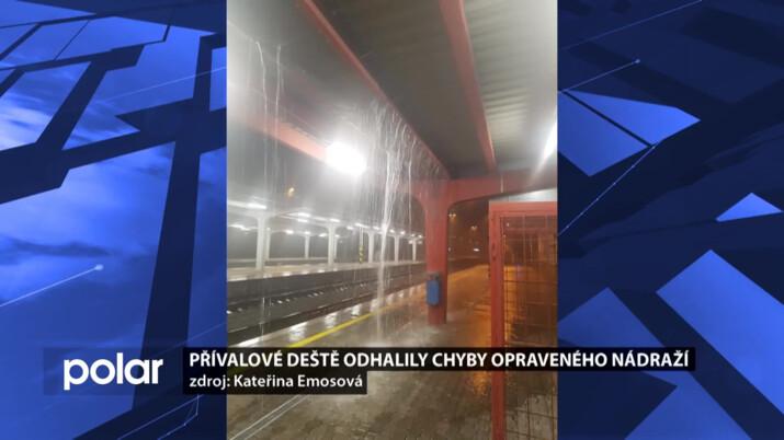 Vodní spoušť se valila na vlakové nástupiště v Karviné, firma slibuje nápravu
