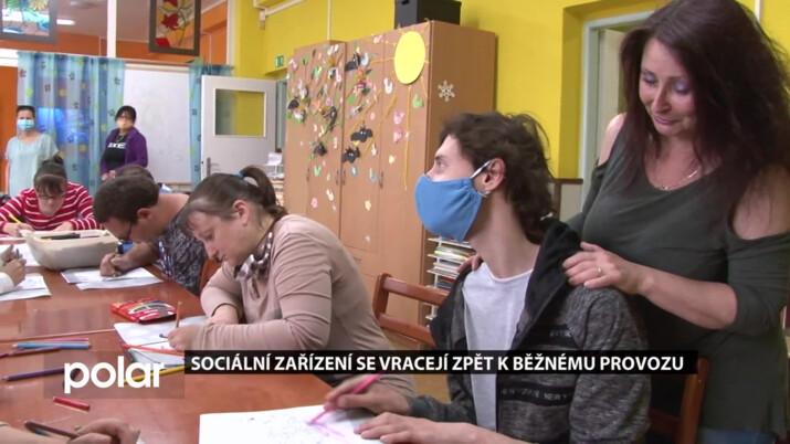 Lidé s mentálním postižením v orlovském stacionáři jsou šťastní, že mohou být opět spolu