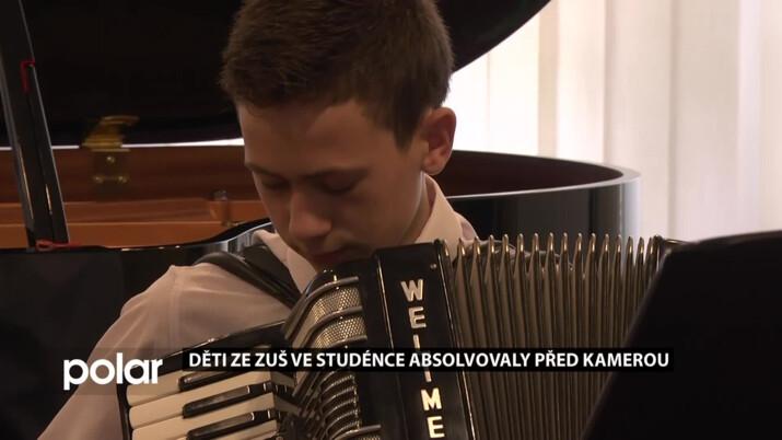 Absolventský koncert žáků ZUŠ Komenského proběhl velmi netradičně