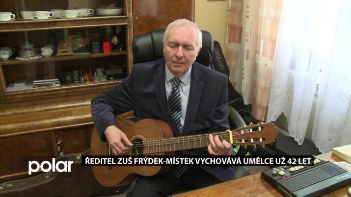 Ladislav Muroň i přes svou slepotu vychovává už 42 let umělce na ZUŠ Frýdek-Místek