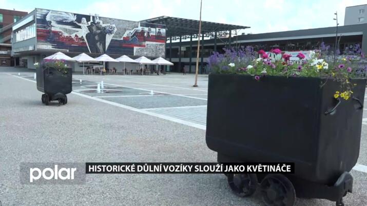 V Ostravě-Jihu opravili historické důlní vozíky. Slouží jako květináče